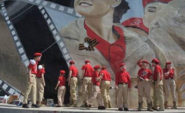 В Москве появилось масштабное граффити по сюжету фильма «Офицеры»