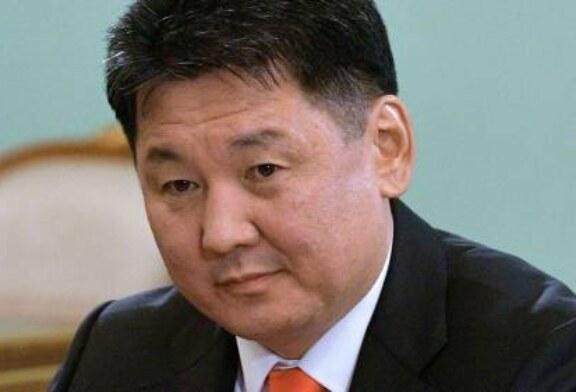 Путин поздравил Хурэлсуха с победой на президентских выборах в Монголии